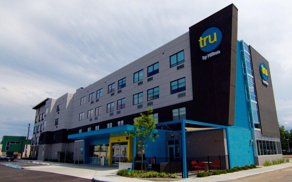 Tru by Hilton Phoenix West, AZ